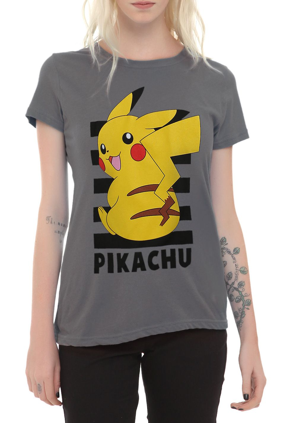 Pokemon GO Pikachu Hot Women